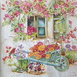 12400. Дачный домик в цветах