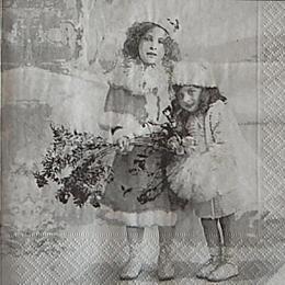 12599. Девочки с цветами . 5 шт., 31 руб/шт