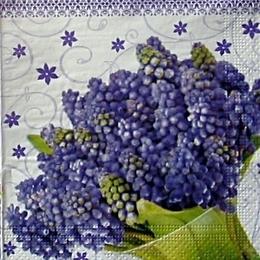 9322. Букет сиреневых цветов. 20 шт., 5 руб/шт