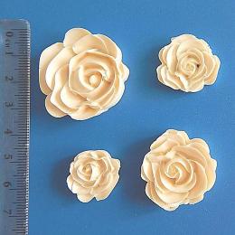 Пл/76. Декор четыре розы, пластик