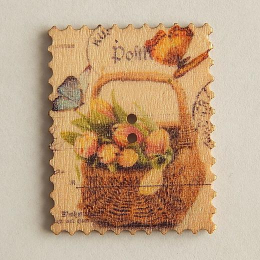 hm-1456. Пуговица Марка с корзиной тюльпанов, бежевая