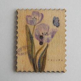 hm-1466. Пуговица Марка с сиреневыми цветами, бежевая