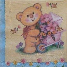 1245. Мишка с тележкой цветов
