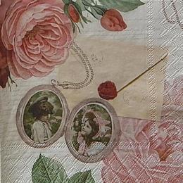 12468. Роза с конвертом на письменах