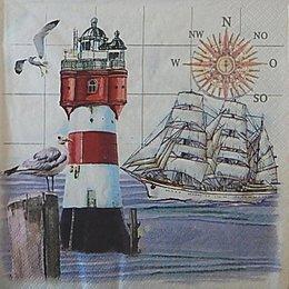 12632. Маяк и корабль