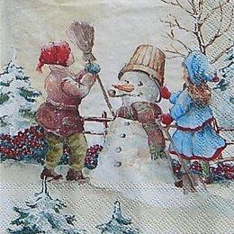 12716. Снеговик и дети