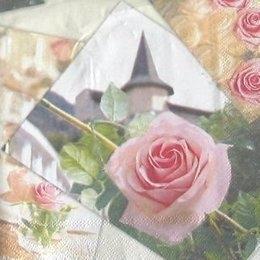 4076. Роза на фоне башни. 20 шт, 8 руб/шт