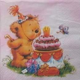 8868. Мишка и тортик на розовом