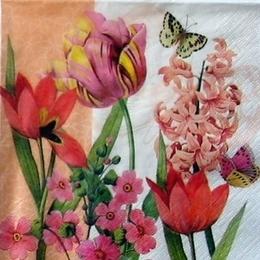 9321. Бабочки на цветах