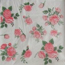 9357. Букеты роз на белом