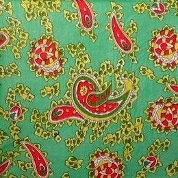 9531. Турецкие огурцы на зеленом