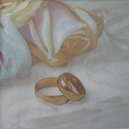 79. Белые розы и кольца