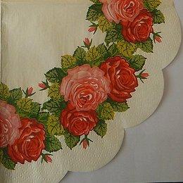 24096. Венок из роз