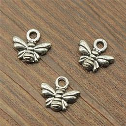 hm-1933. Подвеска Пчелка, цвет серебро. 50 шт. 5 руб/шт