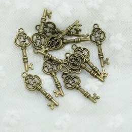 hm-383. Подвеска Ключ, состаренная бронза. 10 шт., 12 руб/шт