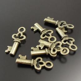 hm-498. Подвеска Ключик, античная бронза. 10 шт., 8 руб/шт